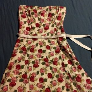 Pink and red strapless rose dress